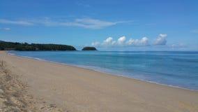 Een Mooi Strand op Phuket-Eiland stock foto's