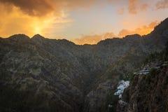 Een mooie dageraad in Vaishno Devi Stock Afbeeldingen
