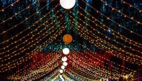 Een mooie decoratie bij een Hindoese gelegenheid in nacht royalty-vrije stock afbeelding