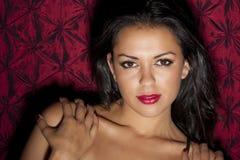 Een mooie jonge Spaanse vrouw royalty-vrije stock foto