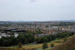 Een mooie mening van stad Edinburgh stock afbeeldingen