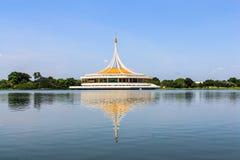 Een mooie openbare tuin in Bangkok, Thailand. Stock Foto