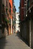 Een mooie straat van Venetië Italië Stock Afbeelding