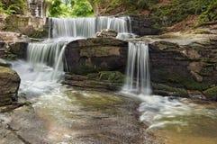 Een mooie waterval royalty-vrije stock afbeelding