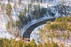 Een mooie windende weg De mening vanaf de bovenkant Stock Afbeelding
