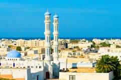 Een moskee in Sur, Sultanaat van Oman Stock Afbeelding