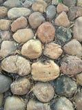 Een muur door Opgepoetste steen wordt gemaakt die royalty-vrije stock fotografie
