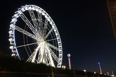 Een Nacht uit in Parijs stock afbeelding