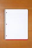 Een notaboek op een bureau Royalty-vrije Stock Foto