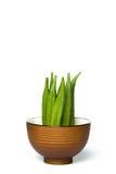 Een okra in een kom Stock Afbeelding