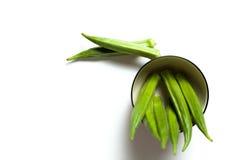 Een okra in een kom Stock Foto's