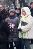 Een onbekend aantal van het tijdschrift gepubliceerd The New Times de dag van de moord van Boris Nemtsov stock afbeelding
