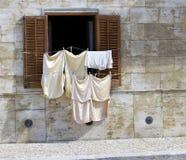 Een openluchtwas op Favignana-eiland (stad) dichtbij aan Sicilië in Italië Stock Fotografie
