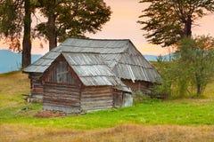Een oud huis in de bergen Royalty-vrije Stock Fotografie
