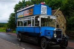 Een oude Edwardian-Bus royalty-vrije stock afbeeldingen