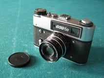 Een oude fotocamera Stock Afbeeldingen