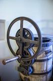 Een oude handpers stock afbeelding