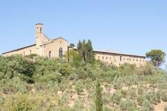 Een oude kerk in Toscanië Stock Afbeelding