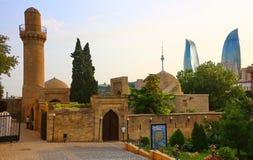 Een oude mosgue in het oude deel van Baku Stock Fotografie