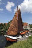 Een oude Nederlandse varende boot Stock Foto