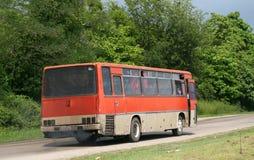 Een oude rode bus Royalty-vrije Stock Fotografie