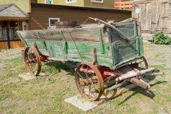 Een oude wagen van gouden-spoeddagen op de yukongebieden royalty-vrije stock foto's