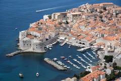 Een overzicht van de de oude stad en haven van Dubrovnik Stock Fotografie