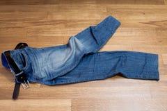 Een paar jeans Stock Foto's