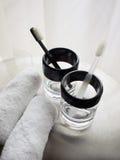 Een paar tandenborstels met handdoeken Royalty-vrije Stock Afbeeldingen