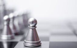 Een pand op het schaakbord Stock Foto's