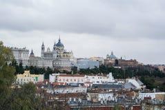 Een panorama aan Royal Palace van Madrid Royalty-vrije Stock Fotografie