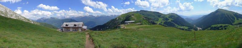 Een panorama van Dolomiti Alpen Italië Stock Fotografie