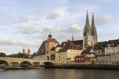 Een panoramamening van de Duitse stad Regensburg Stock Foto's