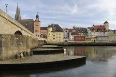Een panoramamening van de Duitse stad Regensburg Stock Afbeelding