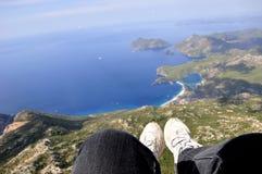 Een panoramisch gezicht van Mediterraan strand Stock Foto's