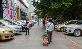 Een parkeerterrein in Nanning, China stock afbeelding