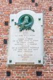 Een plaque om Giuseppe Piolti de Bianchi bij Sforza-Kasteel te herdenken stock foto
