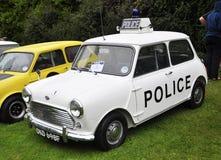 Een politie Mini Cooper Stock Afbeeldingen