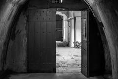 Een poort die ergens leiden tot royalty-vrije stock fotografie