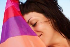 Een portret van mooie vrouw met gestreept weefsel Stock Foto