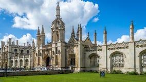 Een prachtige mening van de Kapel van de Koningenuniversiteit in Cambridge, Cambridgeshire stock afbeelding