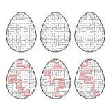 Een reeks labyrinten in de vorm van eieren Zwarte slag Een spel voor kinderen Met het antwoord Eenvoudige vlakke vectorillustrati vector illustratie