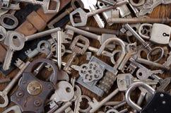 Een reeks oude sleutels Stock Foto