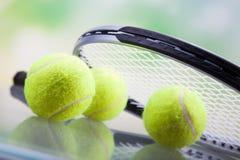 Een reeks van tennis Racket en racket Ball Stock Afbeeldingen