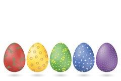 Een reeks van vijf multi-colored paaseieren met verschillende patronen Vector vector illustratie