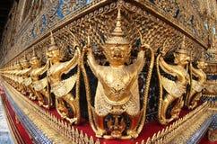 Een rij van Garudas Royalty-vrije Stock Afbeelding