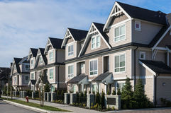 Moderne Huizen in de stad royalty-vrije stock foto