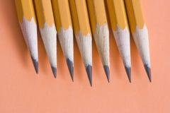 Een rij van potloden royalty-vrije stock afbeelding