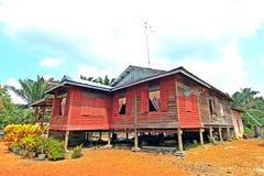 Een rood blokhuis Stock Foto's