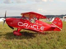 Een rood vliegtuig bij het eerste festival van de Hemel van luchtvaartkundemoskou, Augustus, 2014 Royalty-vrije Stock Afbeeldingen